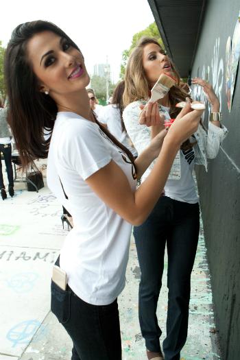 Karina Ramos, Miss Universe Costa Rica 2014, and Alejandra Argudo, Miss Universe Ecuador 2014