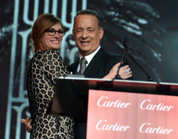 Julia Roberts presents Chairman's Award to Tom Hanks