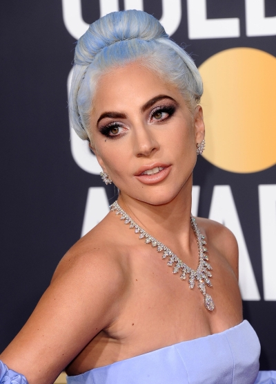 Lady Gaga Wears Platinum Jewelry to the Golden Globes #BePlatinum